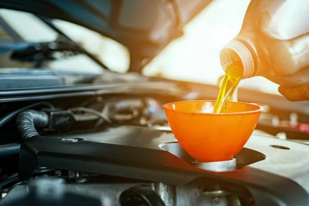 Выбираем масло для двигателя с большим пробегом